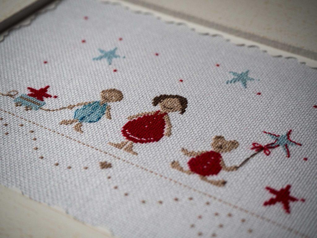 Une chambre d\'enfant décorée pour Noël | Un Jour de Neige
