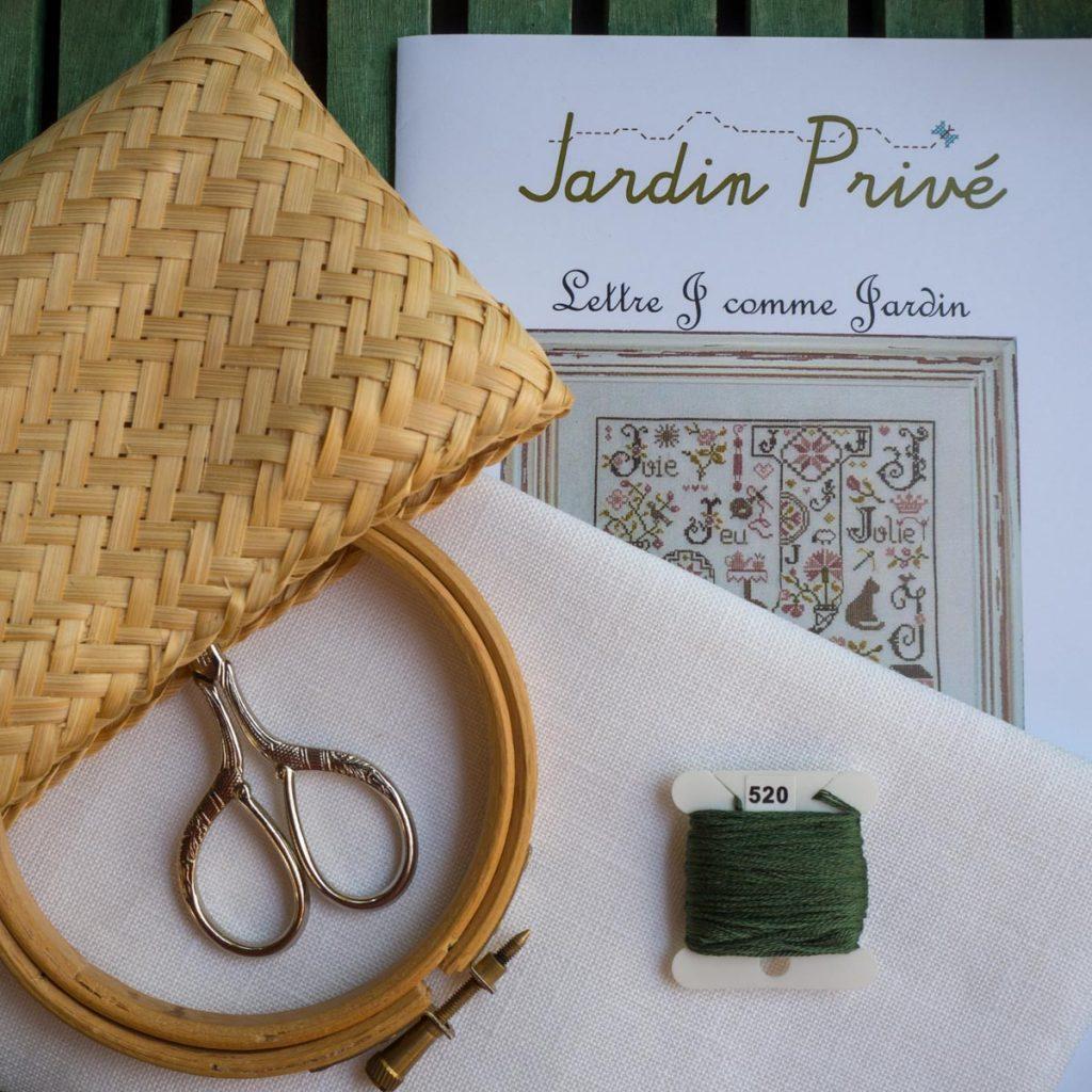 Un Jour de Neige - Un nouvel ouvrage - J comme jardin