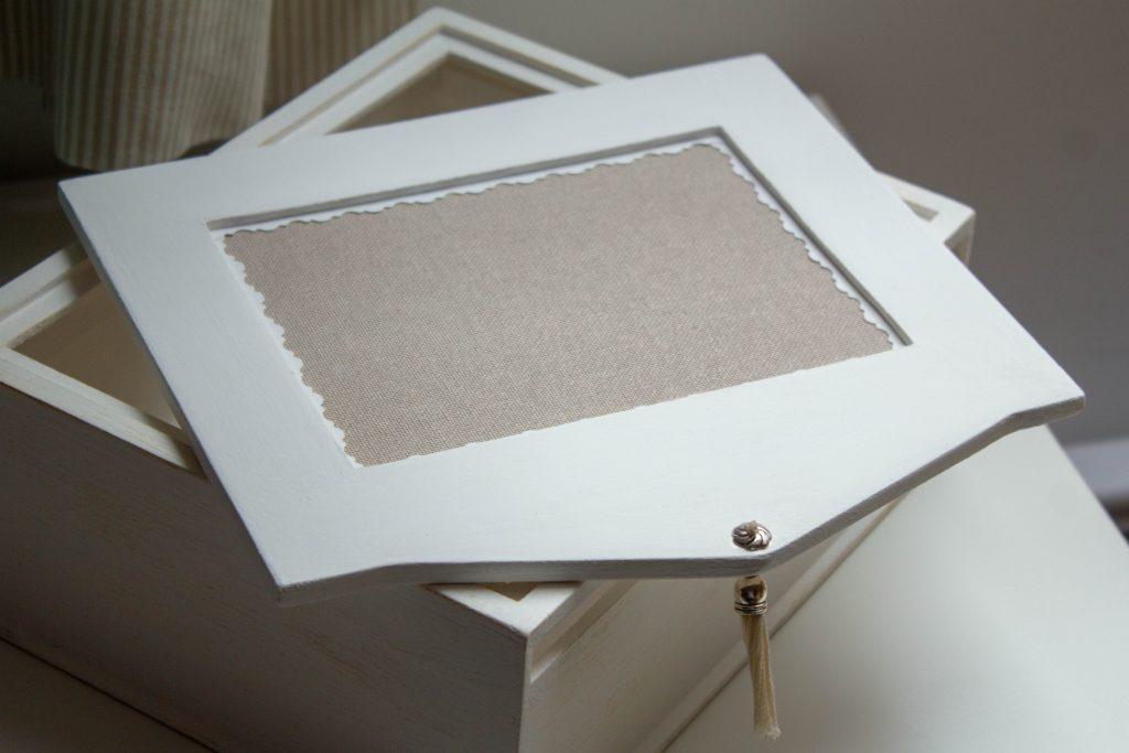Boîte à broder - Une Croix le Temps d'un Thé - Un Jour de Neige