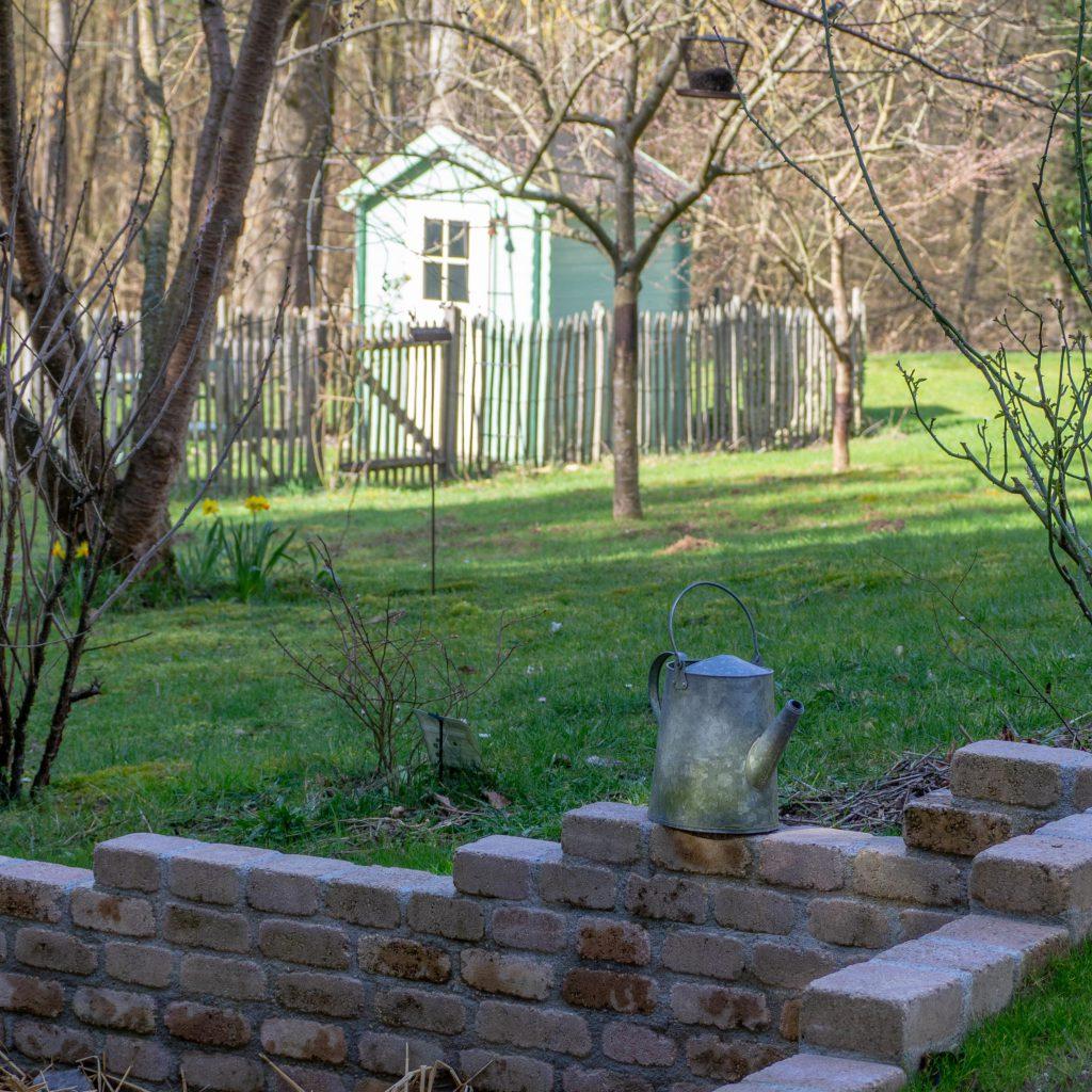 Un Jour de Neige - Un dimanche dans le jardin