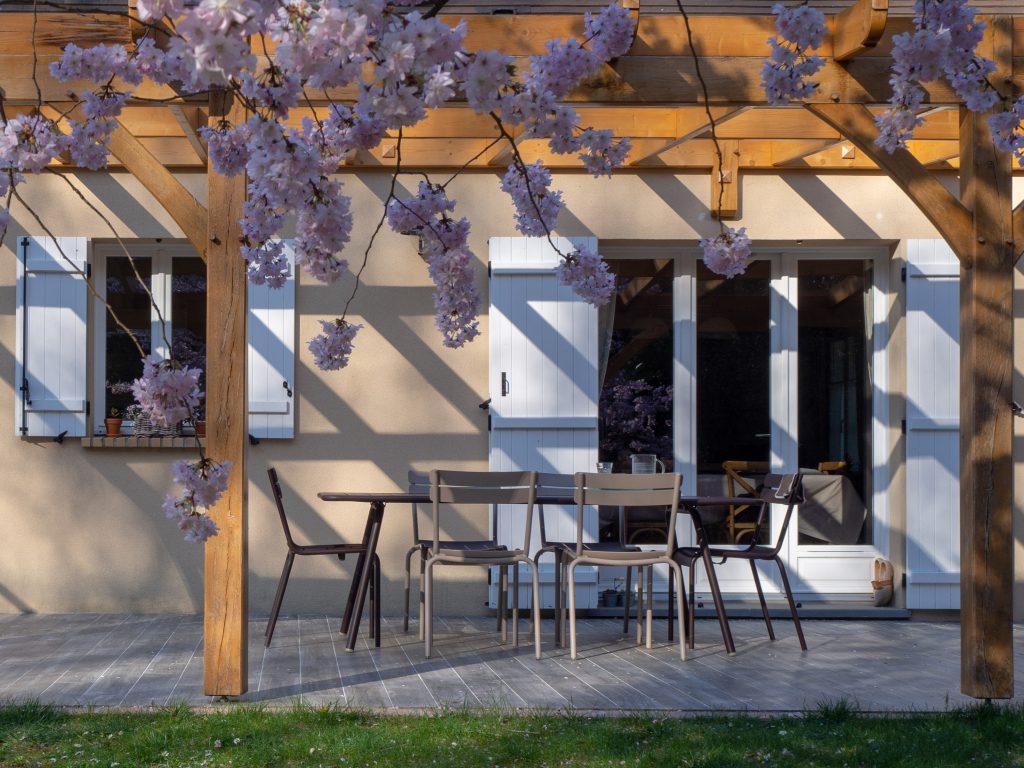 La terrasse au printemps - Un Jour de Neige